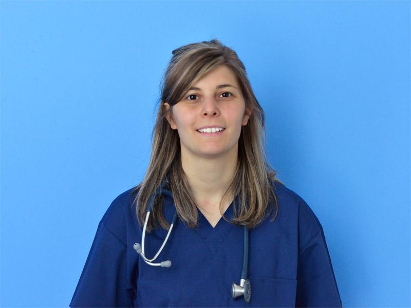 Dr.ssa Ilenia Copponi | Veterinario | Specialista in Cardiologia | Clinica Futuravet | Tolentino | Marche