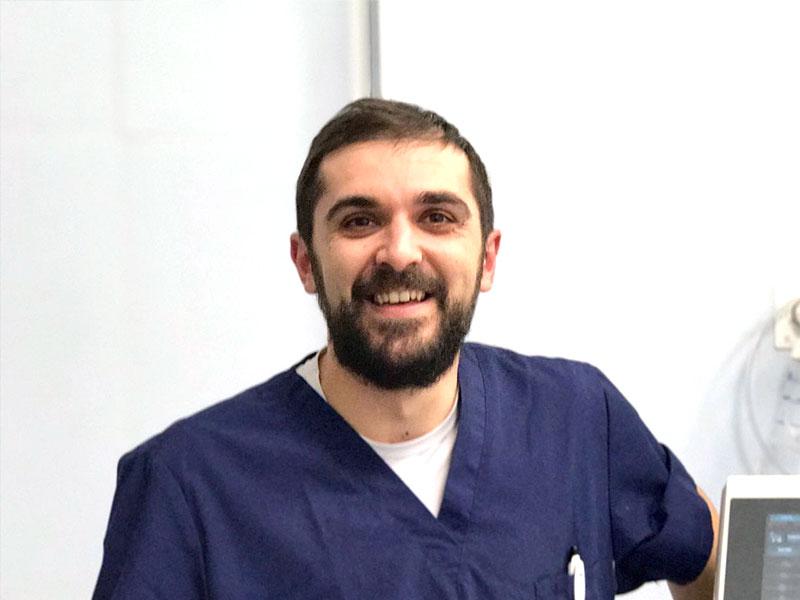 Dr. Luca Tallè | Veterinario | Specialista in Pronto Soccorso e Terapia Intensiva | Clinica Futuravet | Tolentino | Marche