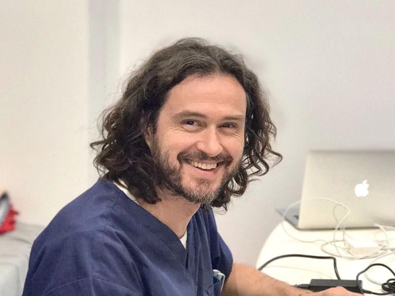 Dr. Fabrizio Dini | Veterinario | Specialista in Neurologia e Neurochirurgia, Ortopedia | Clinica Futuravet | Tolentino | Marche