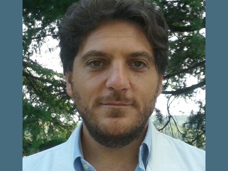 dottor Roberto Tamburro specialista in ortopedia veterianaria